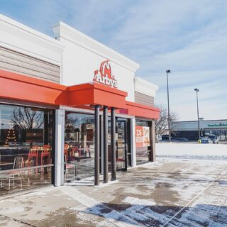 A look at Arby's in Crystal Lake. This was an 8 week, open remodel, and had full facade renovation. . . #arbys #qsr #quickserverestaurant #fastfood #chainrestaurant #commercialconstruction #franchise #developer #chicagoconstruction #crystallakeillinois